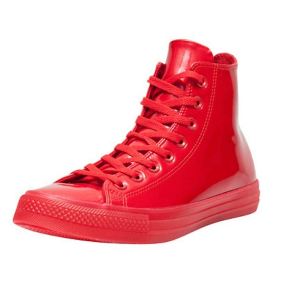 b054f364517c NWT Converse Chuck Taylor Red Patent Leather Hi
